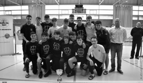 El equipo cadete del Dénia Bàsquet se hace con el Torneo de Amposta de Semana Santa