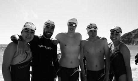 El equipo de natación del Centro deportivo Denia inicia la temporada de aguas abiertas
