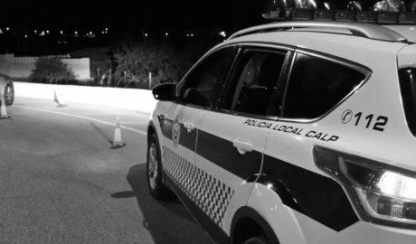 La Policía de Calp denuncia a 64 personas por infringir las restricciones de circulación