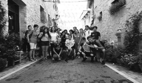 Alumnos del IES Maria Ibars de Dénia celebran una jornada de mediación en Llíber