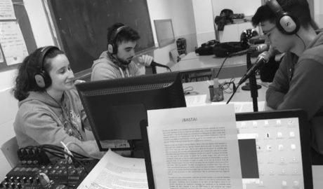 El alumnado del IES Ifach de Calp combate la violencia de género en las aulas... y en las ondas