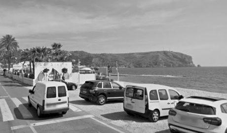 El TSJ reafirma una multa de 14.000 euros a La Siesta de Xàbia por montar una tienda de ropa en dominio público