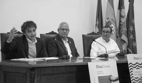 """Nace el D*na Fòrum para impulsar la gastronomía con identidad propia frente al turismo """"de todo a cien"""""""