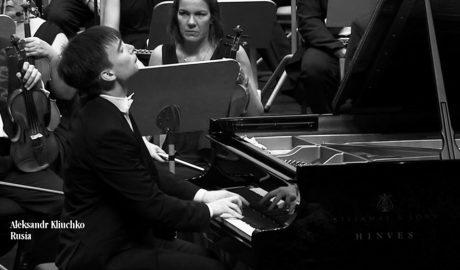 Aleksandr Kliuchko, el piano al desnudo