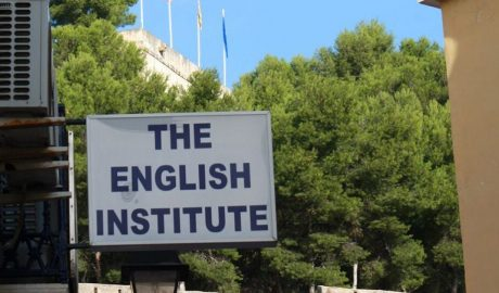 Comunicado de The English Institute de Dénia sobre la crisis sanitaria