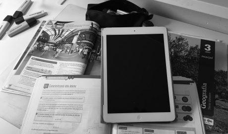 Dénia adquiere 25 tabletas con conexión a internet para que todo el alumnado de los institutos acceda a la formación telemática